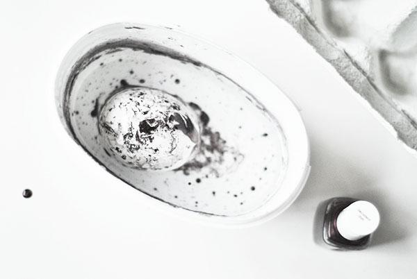 DIY: Marmorera påskäggen | Hemtrender