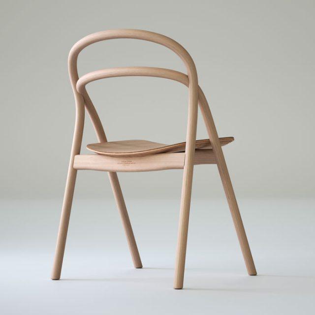Undo stol i ljust trä från Staffan Holm